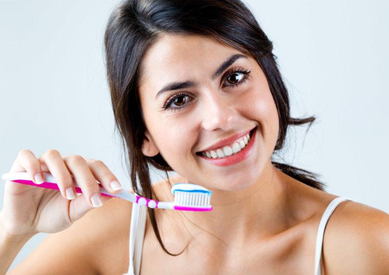 Cedar Smiles Cosmetic & Family Dentistry- Brushing Your Teeth